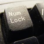 Teclado trocando letras por números: como corrigir?