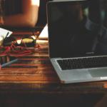 5 problemas do uso de fontes universais para notebook