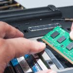 Vale a pena colocar memória RAM no notebook?