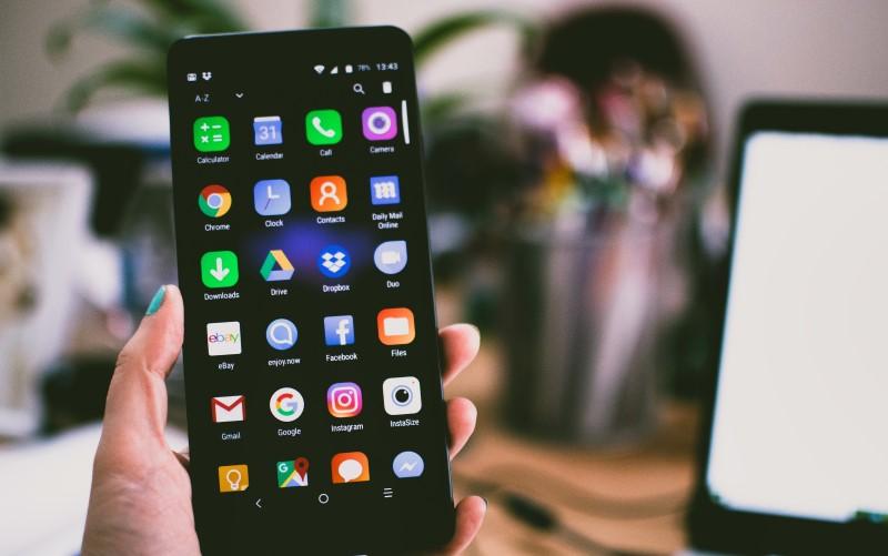 Smartphone com sistema operacional Android.