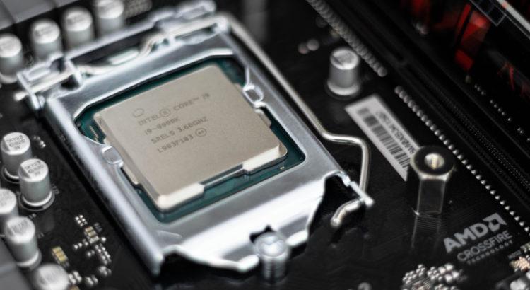 Detalhe de uma CPU Intel i9.