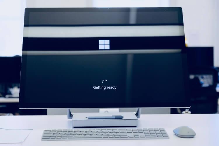 Tela de carregamento do Windows 10.